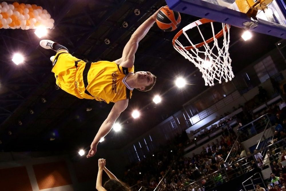 All Star Game: Οι απίστευτοι Devil Dunkers (video+photos)